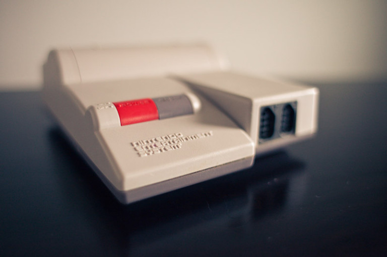 Nintendo Entertainment System (NES-101)