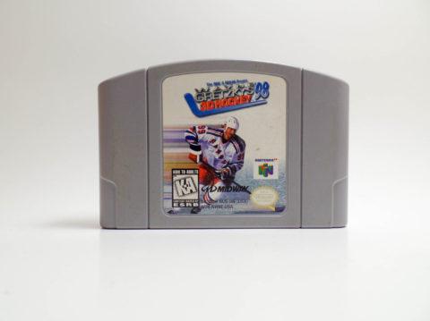 Wayne Gretzkys 3D Hockey 98 (Nintendo 64)